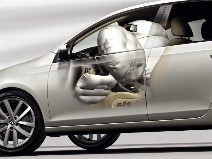 vw-golf-2013-airbag