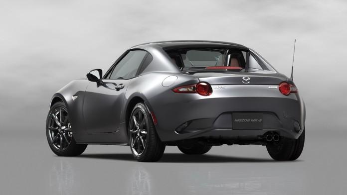 2017_Mazda_MX-5_RF_11