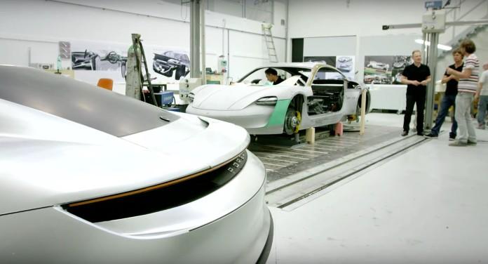 Etsi h Porsche kataskeyase to Mission E concept