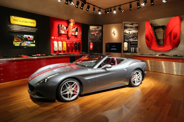 Ferrari California T with Handling Speciale package (1)