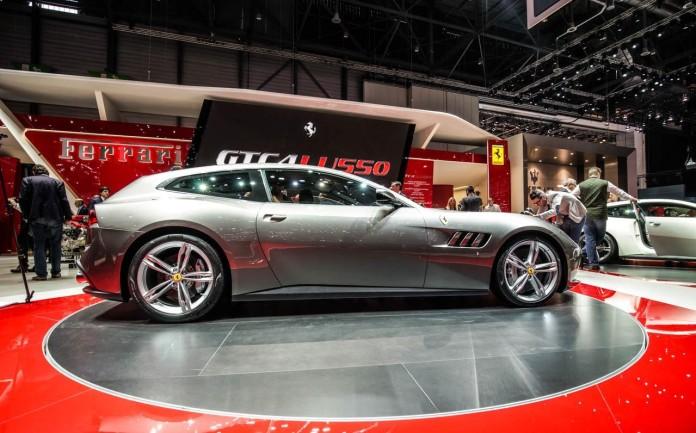 Ferrari-GTC4Lusso-011