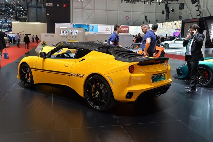 Lotus Evora Sport 410 in Geneva 2016 (8)