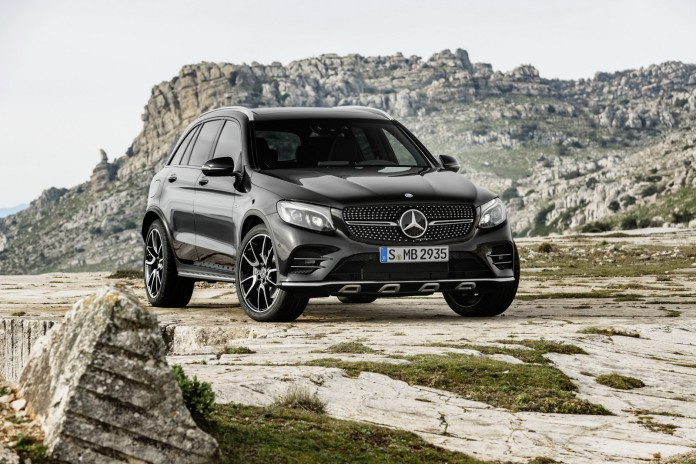 Mercedes-AMG_GLC_43_4MATIC_05
