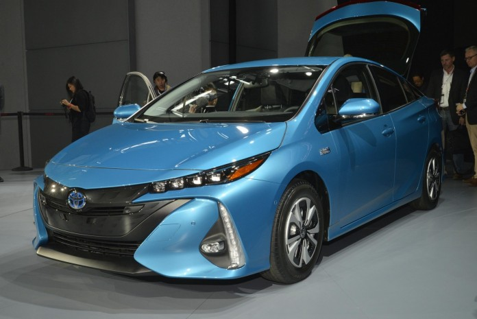 Toyota Prius Prime Live in New York 2016 (12)