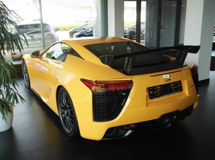 lexus-lf-a-nurburgring-edition-signed-by-toyota-ceo-is-for-sale-it-s-pricy_3