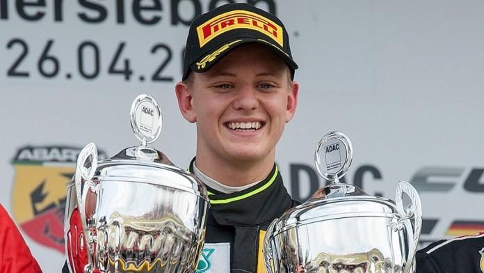 Ο Schumacher junior
