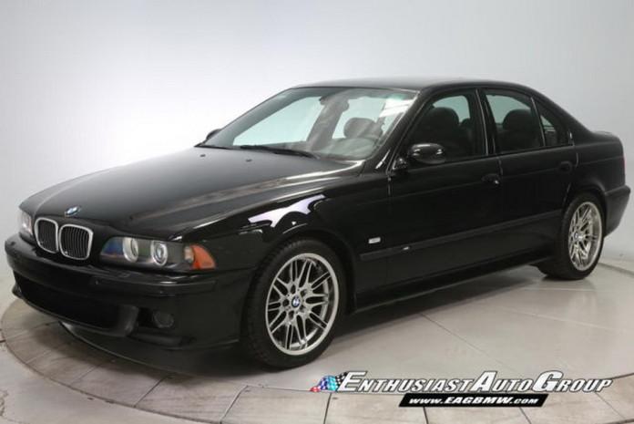 Brand_New_2003_BMW_M5_02
