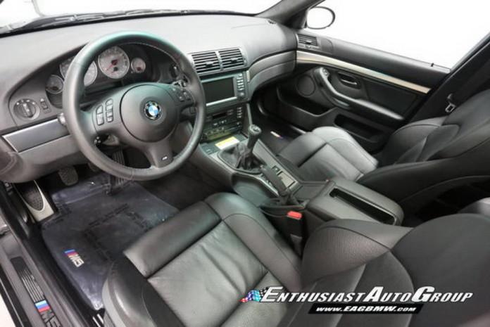 Brand_New_2003_BMW_M5_10