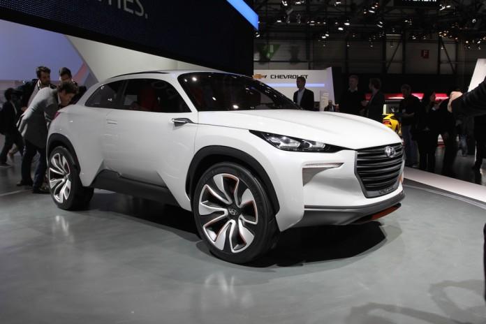 Hyundai_Intrado_Hydrogen_Fuel_Cell_Concept_2