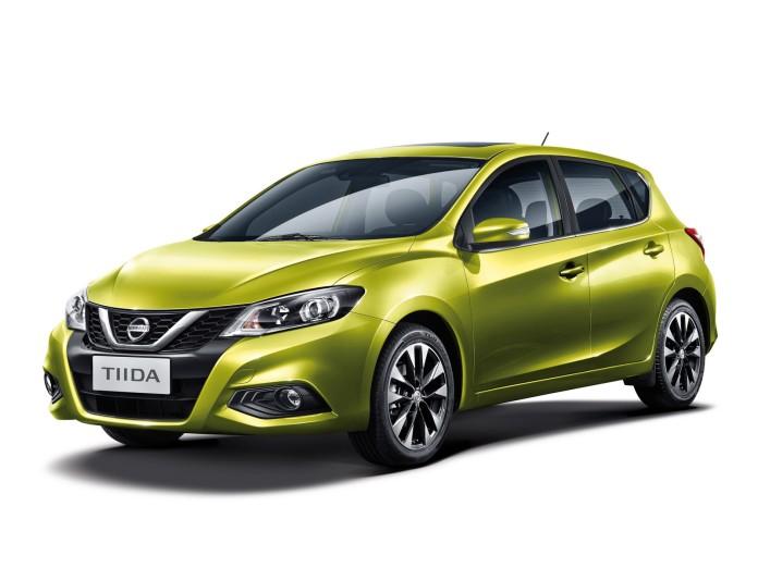 Nissan Tiida 2017 (1)