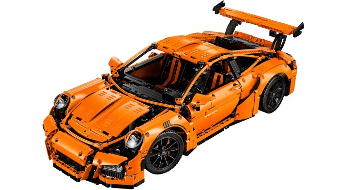 Porsche 911 GT3 RS by Lego (1)