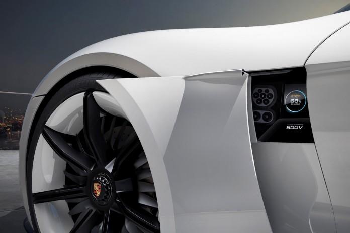 Porsche-Mission-E-concept-6