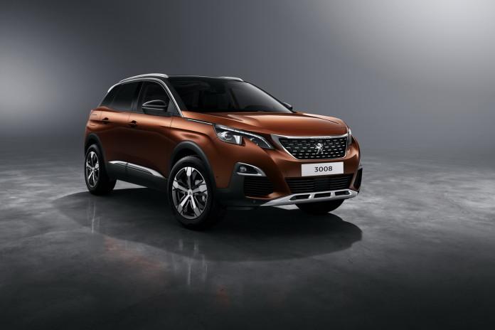 2016_Peugeot_3008_14