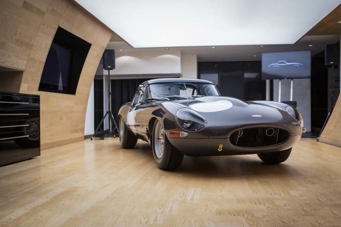 Jaguar Lightweight E-Type in Stratstone (1)