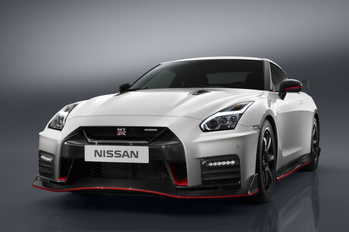 Nissan GT-R NISMO facelift 2017 (1)