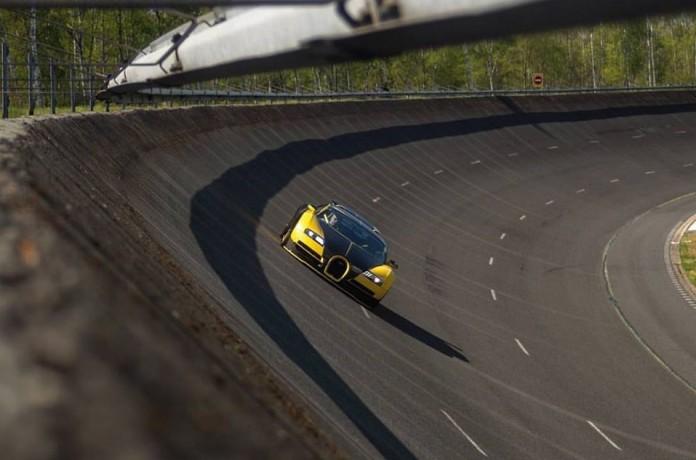 oakley-design-s-tuned-bugatti-veyron-hits-2579-mph-aiming-for-more_1