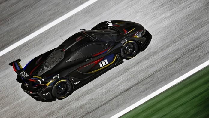McLaren P1 GTR (1)