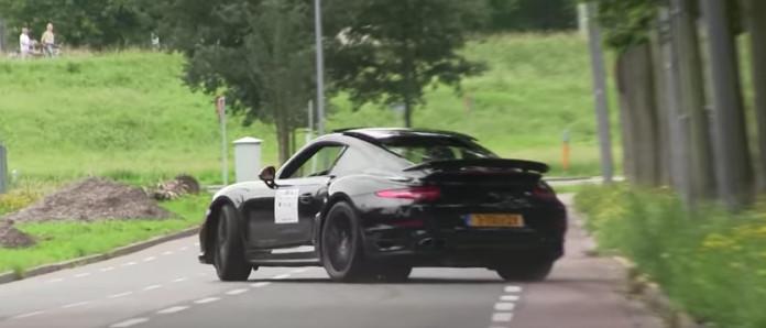 Porsche 991 Turbo S CRASH