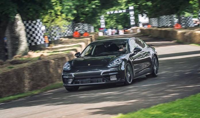 Porsche Panamera Turbo 2017 at Goodwood (5)