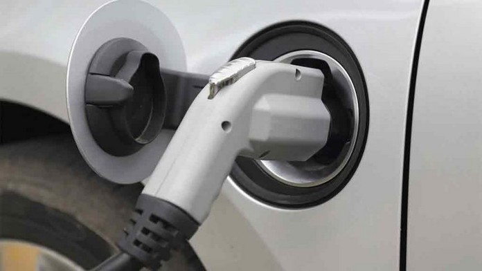 electric car plug in1