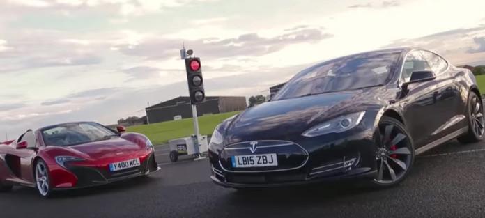 Tesla Model S P85D vs McLaren 650S