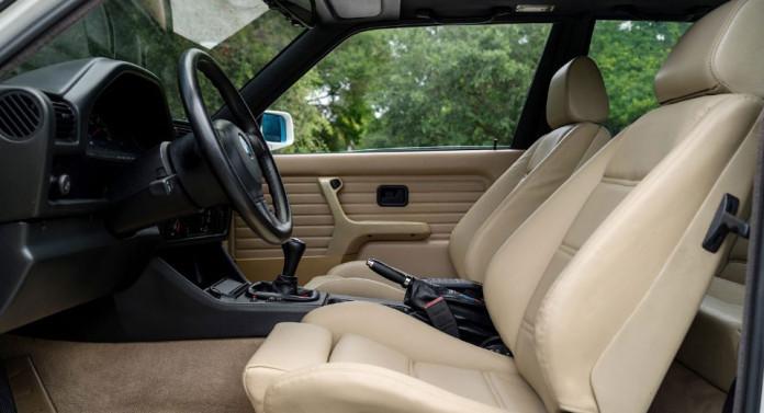 BMW-E30-M33