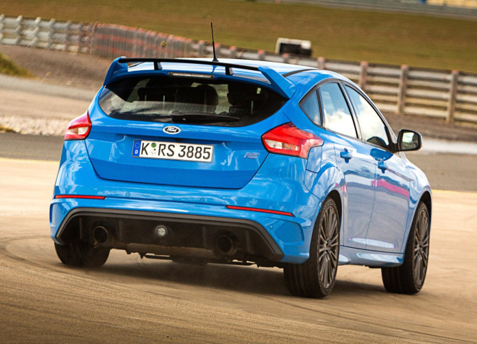 Ford-Focus_RS-3