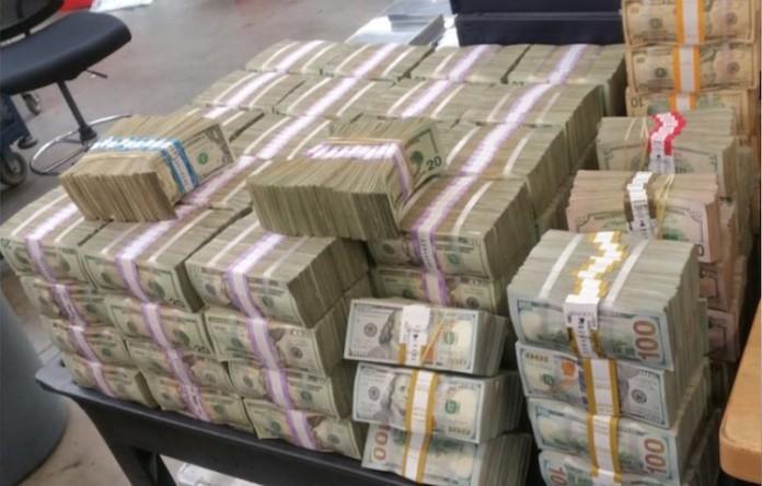 Geld-in-auto