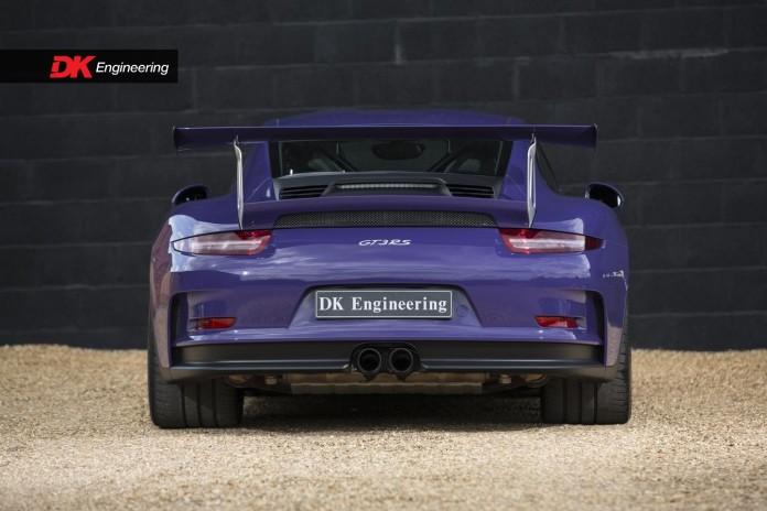 Porsche_911_GT3_RS_05