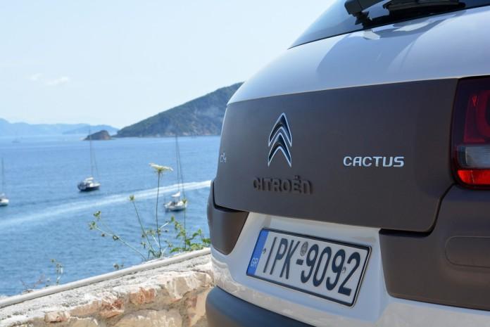 Citroen C4 Cactus diesel test drive (12)