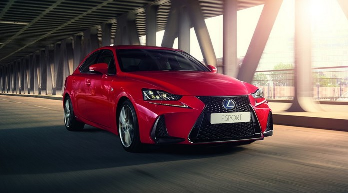 Lexus IS 2017 (8)