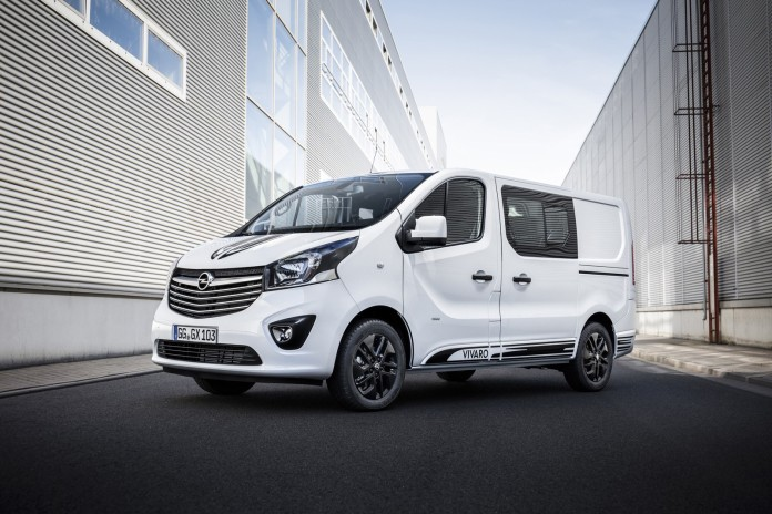 Sporty look: Black decorative strips on the hood, roof and along the side of the new Opel Vivaro Sport give it a dynamic appearance.