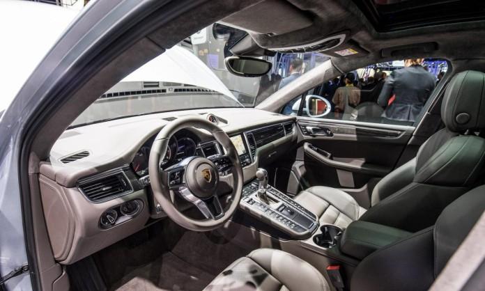 Porsche-macan-turbo-Performance-0377