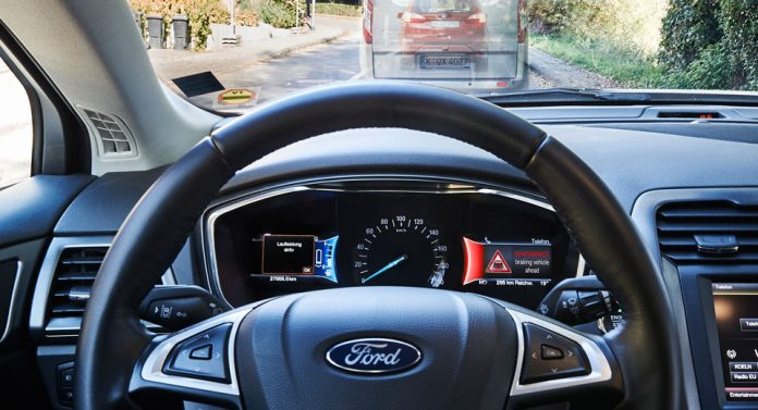 1276375_ford-trial-technology-that-warns-when-cars-unseen-up-ahead-brake-harda