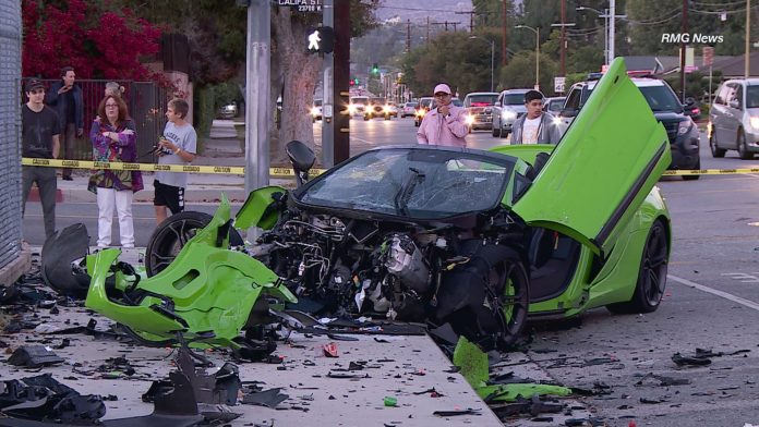 mclaren-650s-spider-crash-3