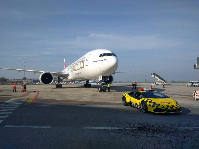 amborghini-huracan-bologna-airport-2