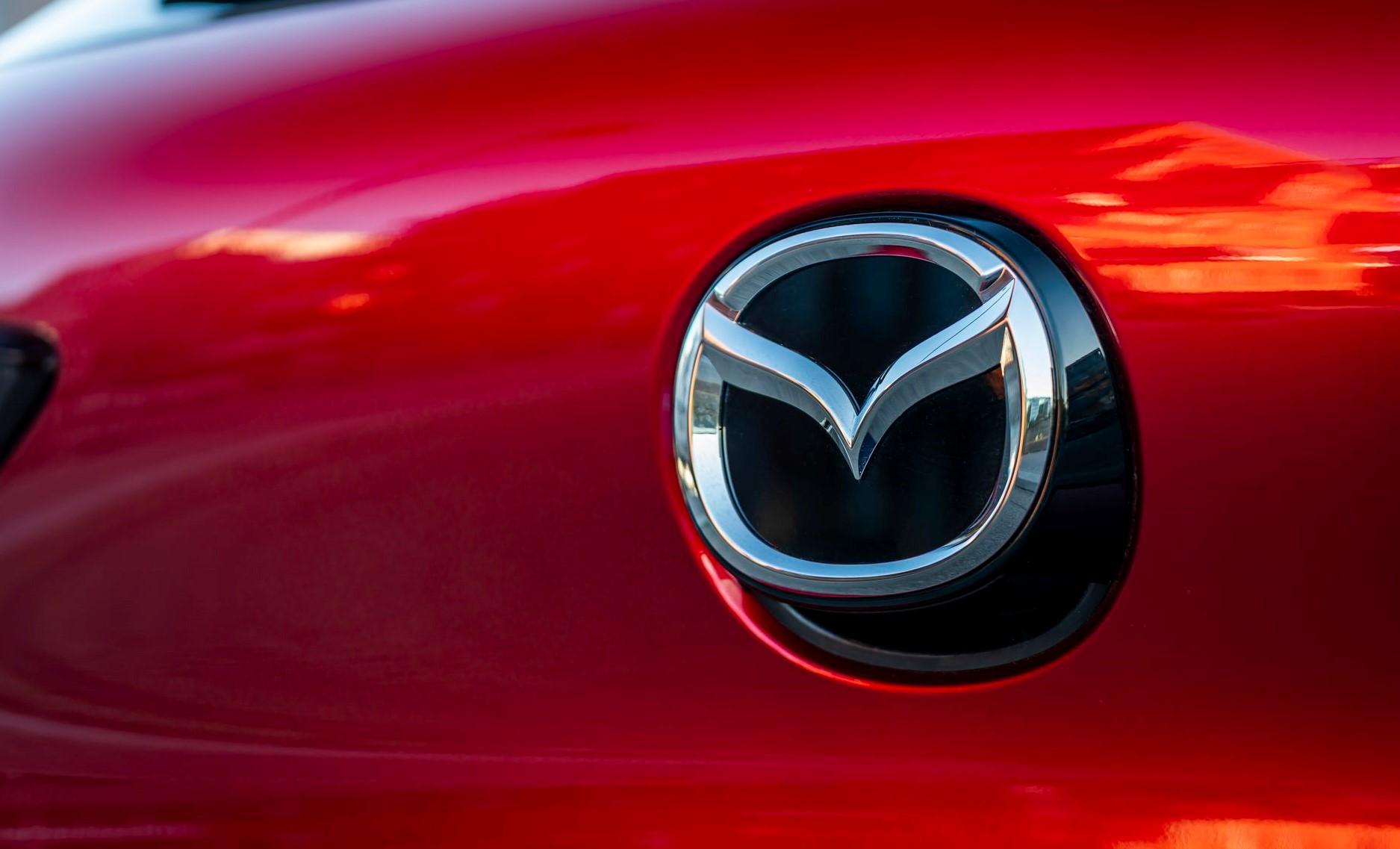 Όλα όσα πρέπει να γνωρίζετε για το λογότυπο της Mazda
