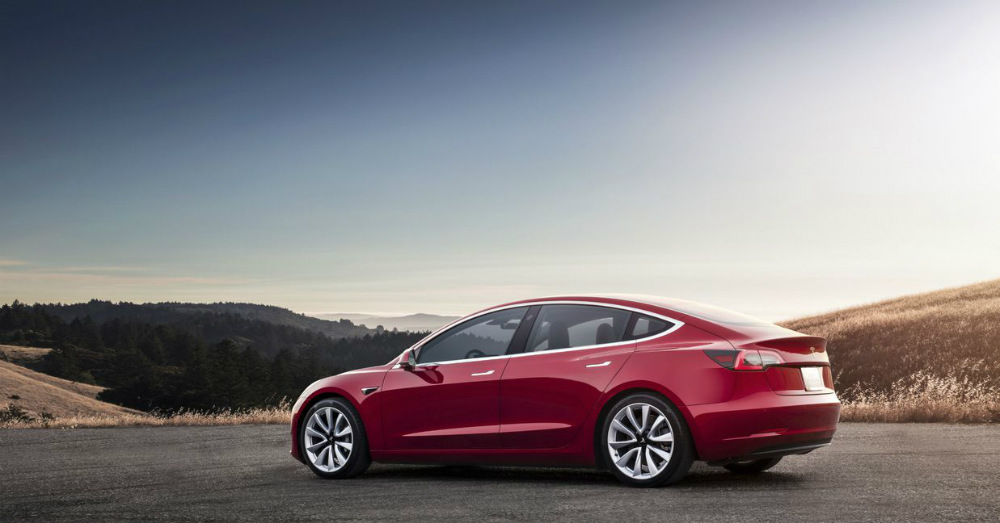 The Model 3 is Here but Tesla Continues to Report Losses