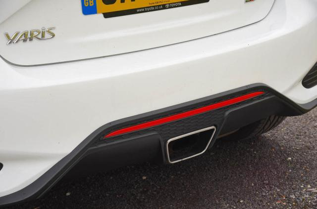 Toyota Yaris GRMN exhaust