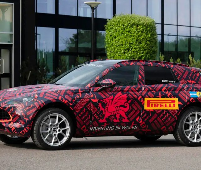 New Aston Martin Dbx Pre Production Begins Ahead Of 2020 Launch