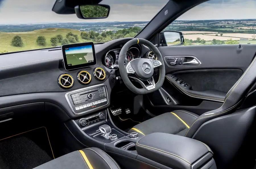 Mercedes AMG GLA 45 4Matic Yellow Night Edition 2017