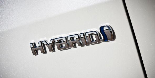 Mantener un coche híbrido puede ser un 50% más barato que uno gasolina o diésel