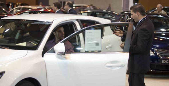 Las ventas de coches crecerán si se mantiene el PIVE