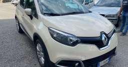 Renault Captur – 421660398