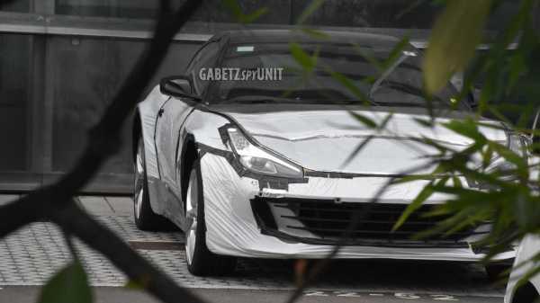 Первый кроссовер Ferrari заметили на улице (фото ...