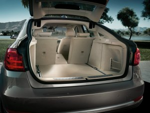 2014 BMW 3 series GT boot space