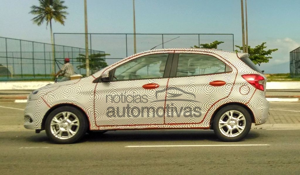 2015 Ford Figo side spyshot