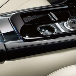 2014 Jaguar XJ center console