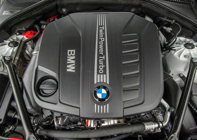 2014 BMW 520d engine