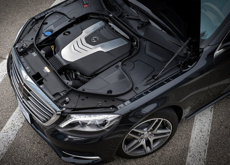 2014 Mercedes Benz S class engine